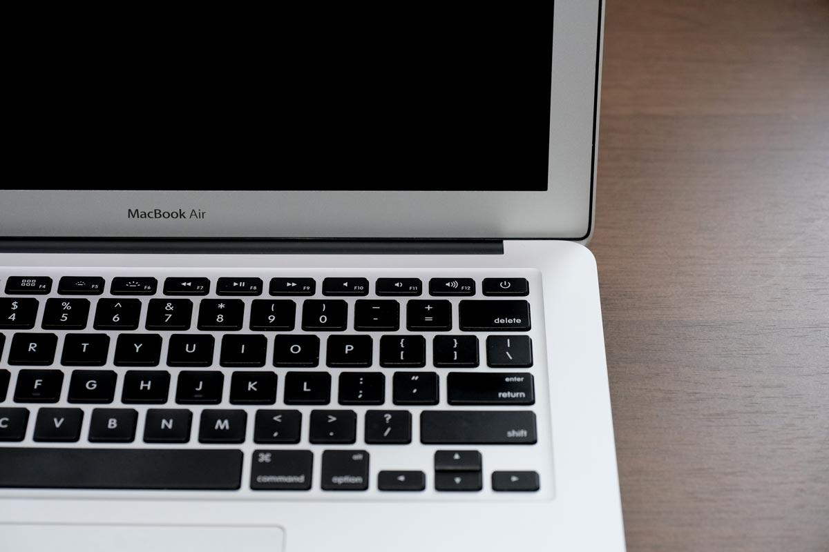 MacBook Airの電源をOFFにする