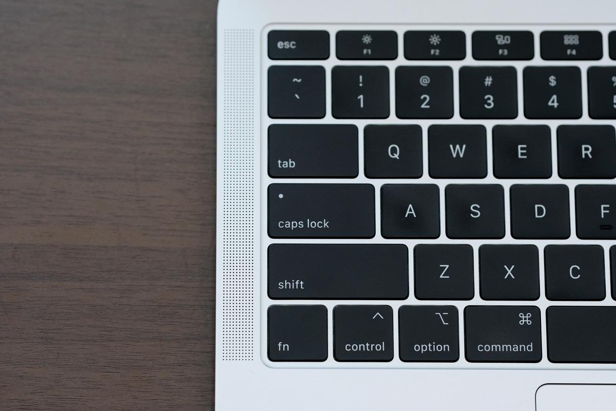MacBook Air 内蔵スピーカー