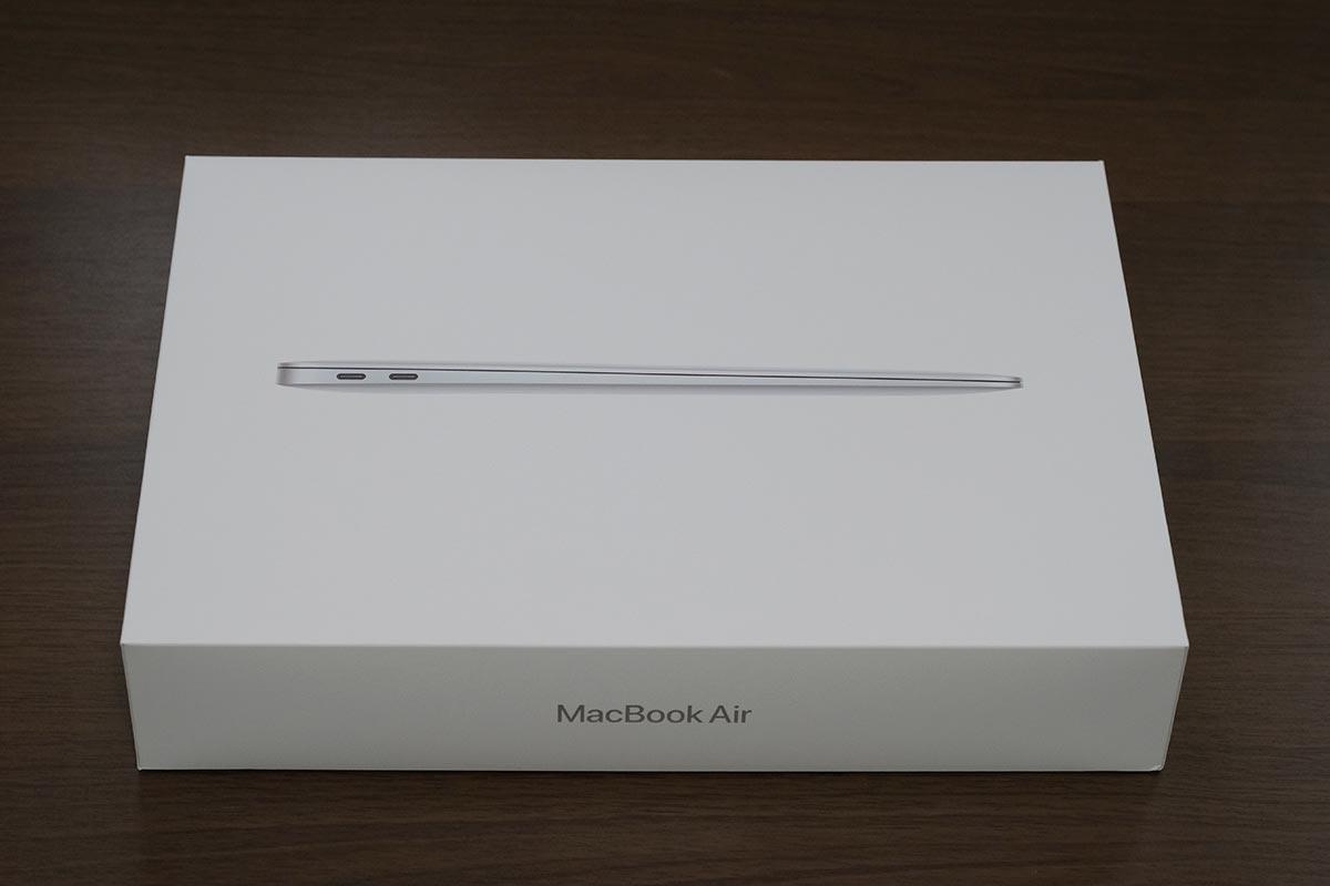 MacBook Air 2020 パッケージ