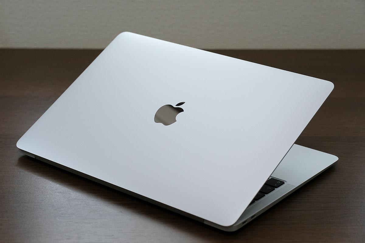 MacBook Air 背面デザイン