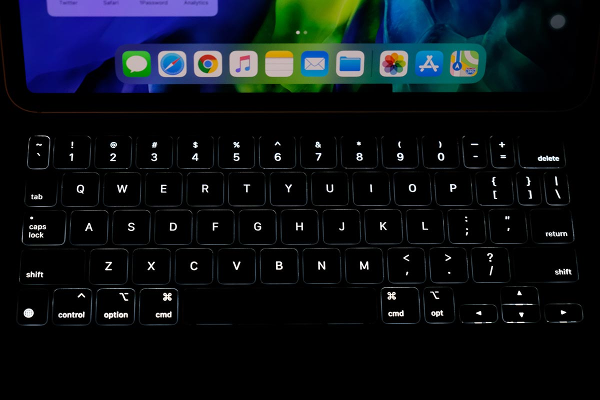 バックライトに対応したMagic Keyboard