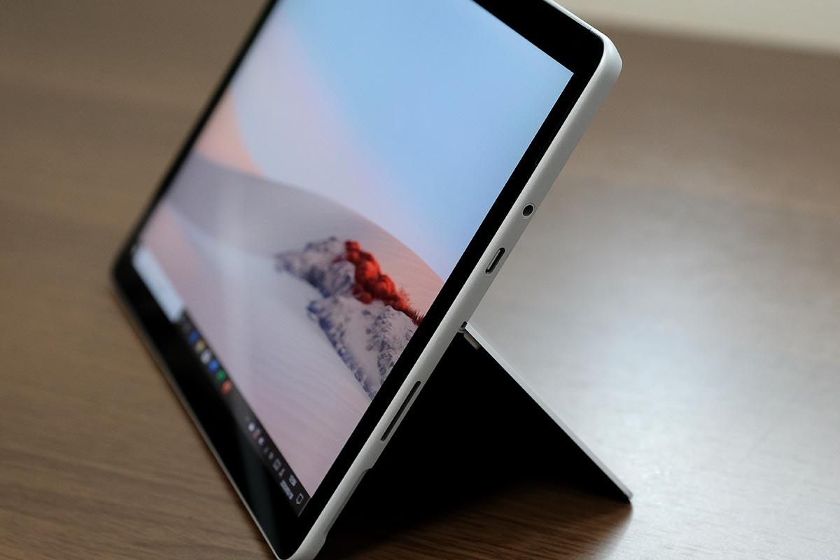 Surface Go2 外部ポート