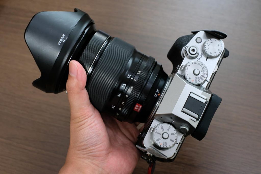 XF16-55mmF2.8のサイズ感