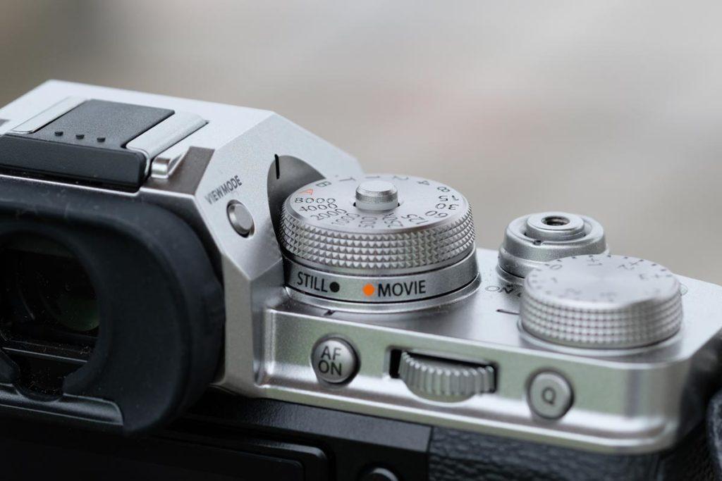 写真モードと動画モードの切り替えスイッチ