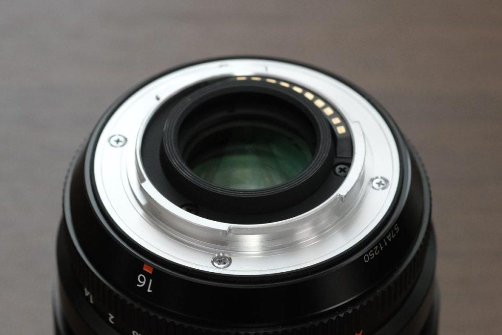 XF16mm F1.4 R WRのカメラ接合部分
