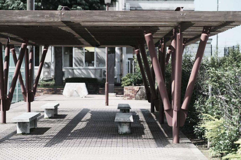 X-T4のETERNAブリーチバイパスでベンチを撮影