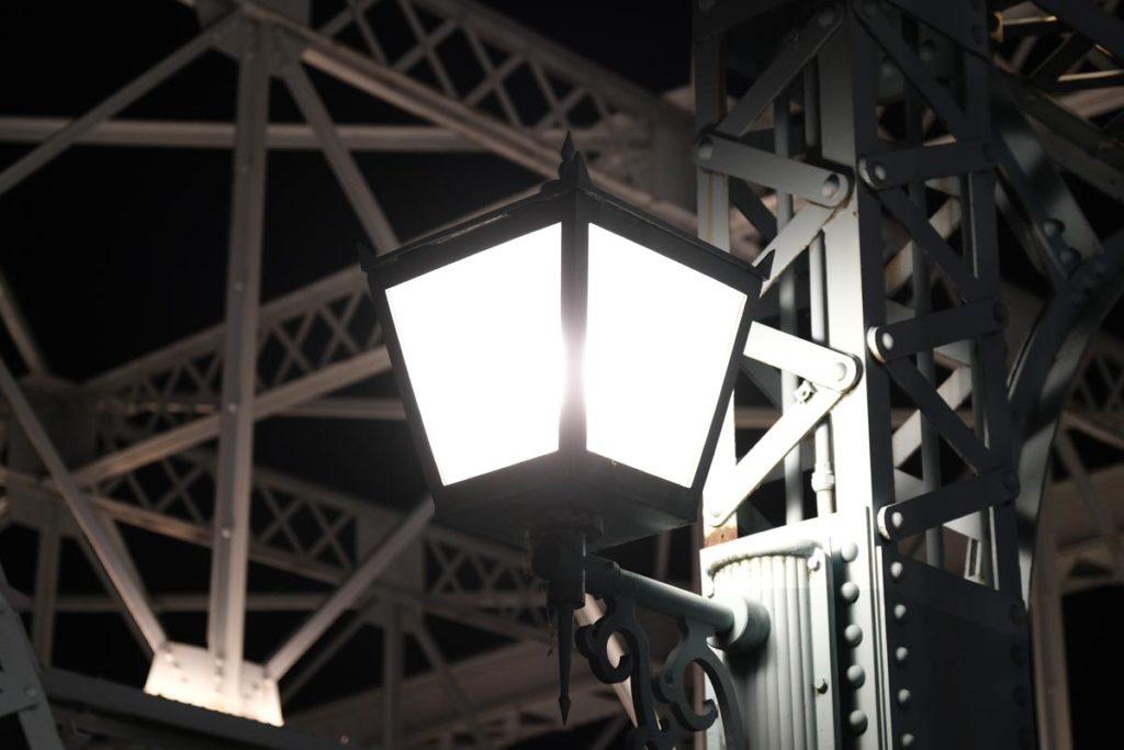 X-T4で夜の街灯を撮影