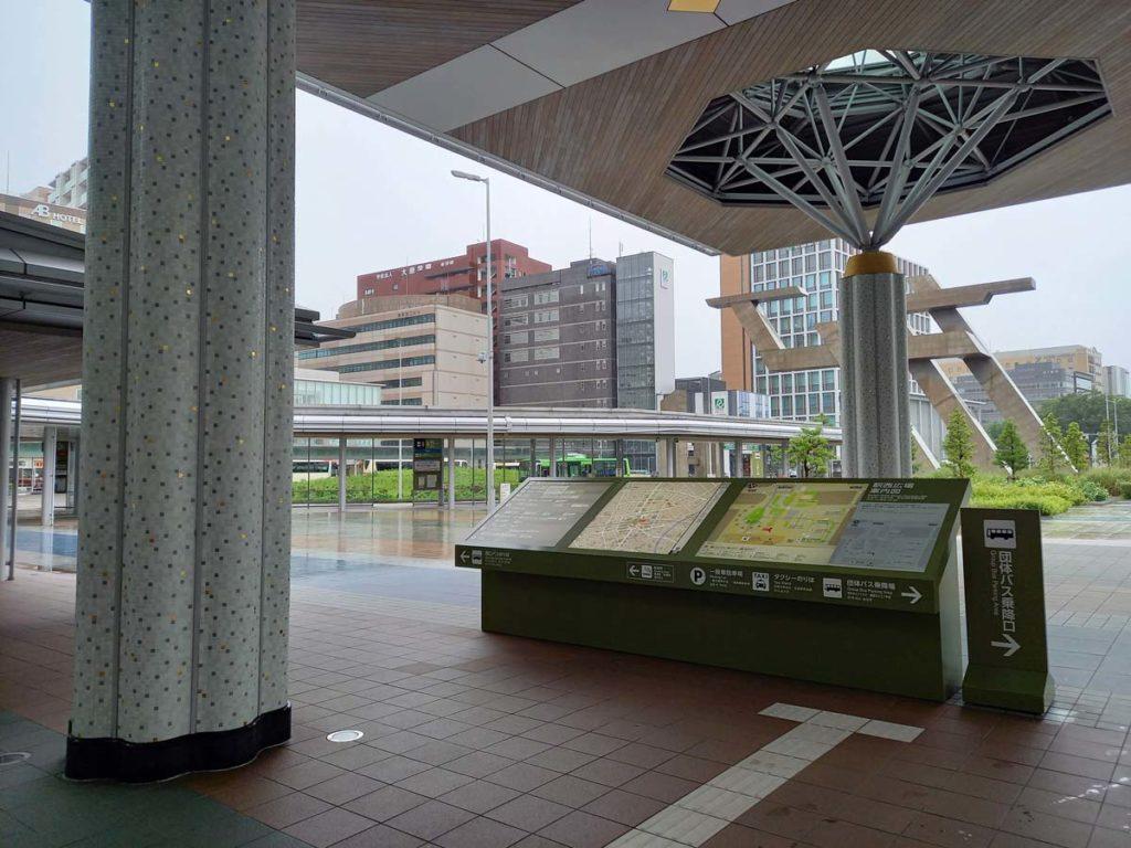 Galaxy A41の標準カメラで金沢駅の西口を撮影