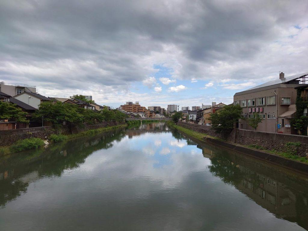 Xperia 1 Ⅱ 標準カメラで撮影(浅野川)