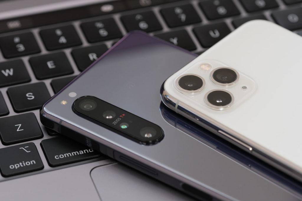 XF90mmF2でスマホのカメラを撮影