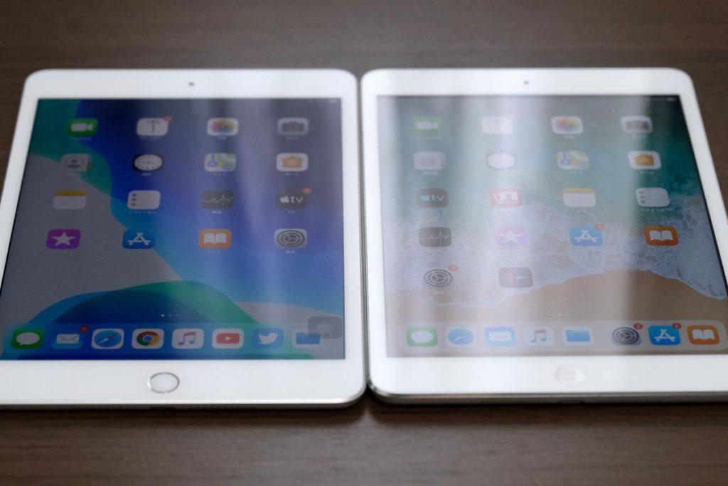 iPad mini 5(フルラミネーションディスプレイ)とiPad mini 2