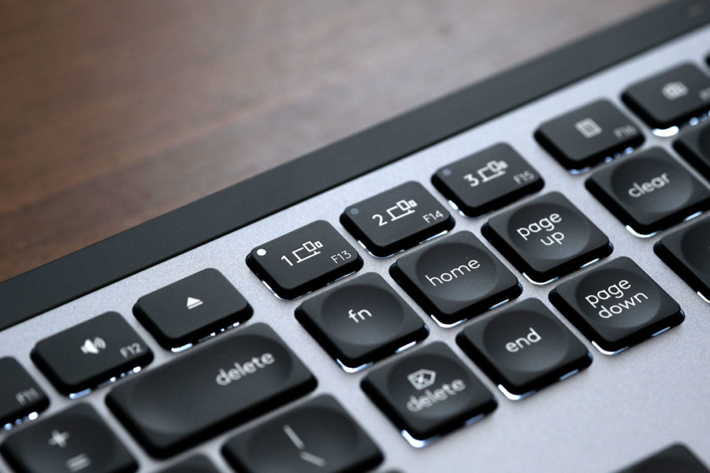 Easy-switchキーでペアリングモードに
