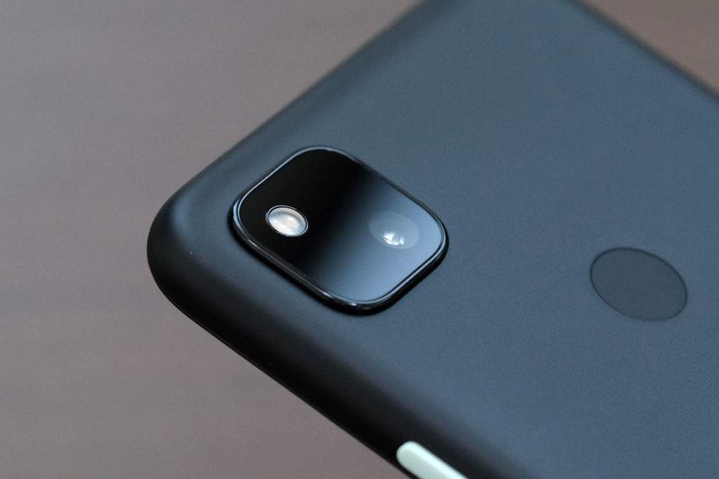 Pixel 4aのシングルカメラ