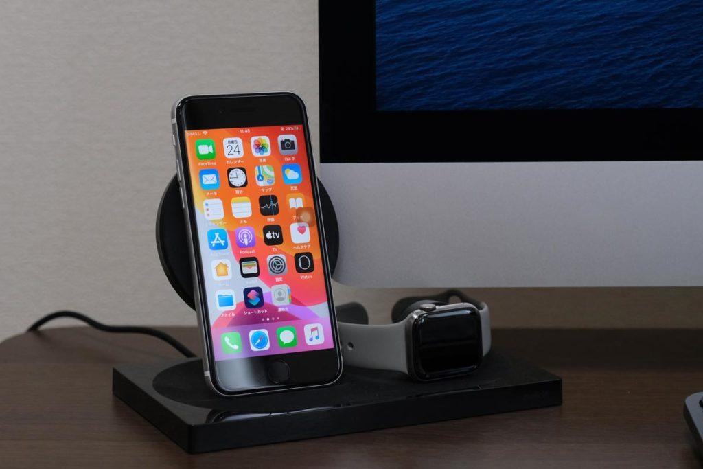iPhone SEはワイヤレス充電ができる