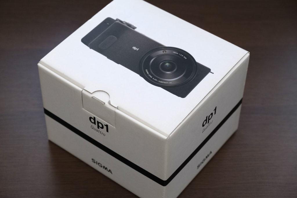 SIGMA dp1 Quattroのパッケージ