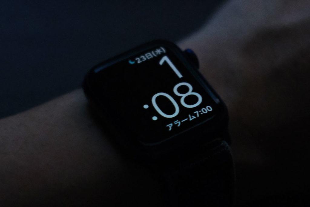 睡眠モード時の時計表示