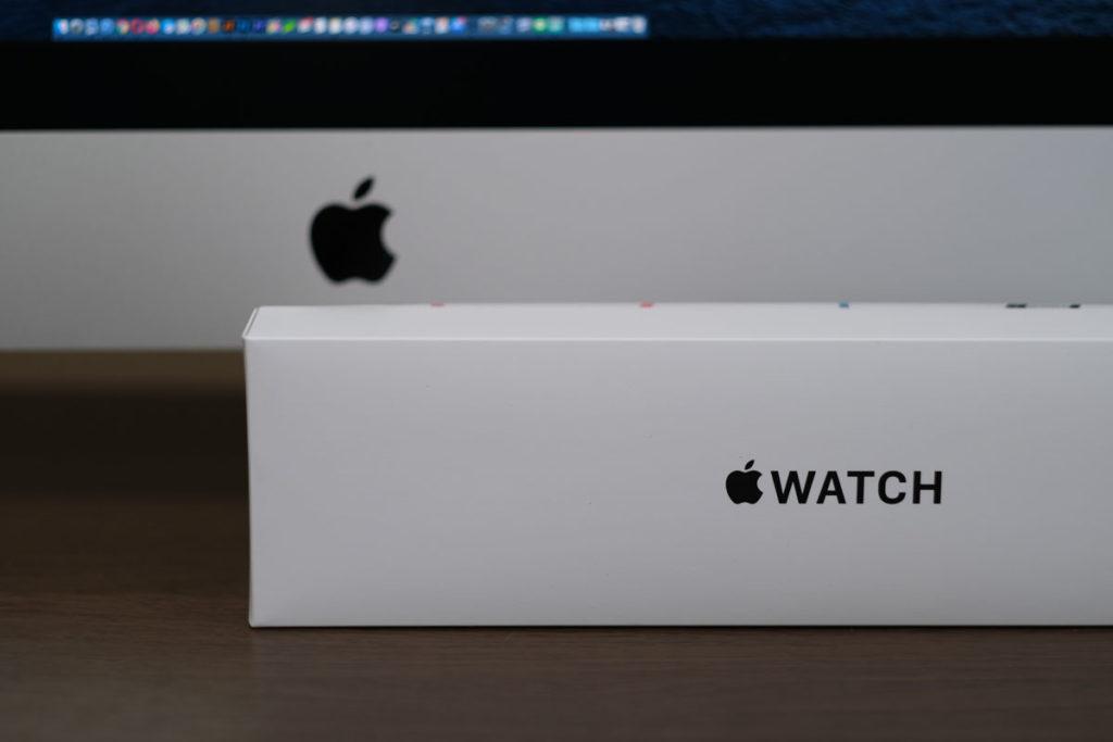 Apple Watch SEのパッケージ