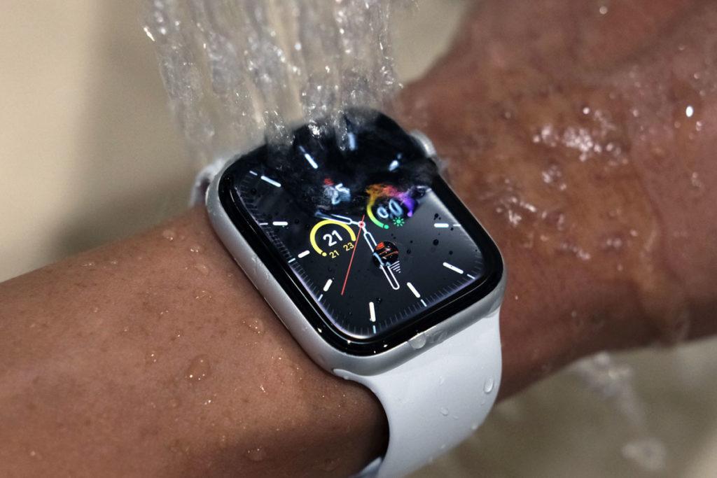 Apple Watch SEを水洗い