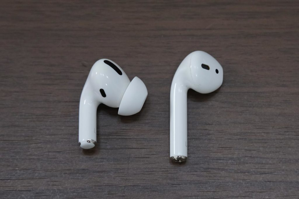 AirPods ProとAirPodsの形状