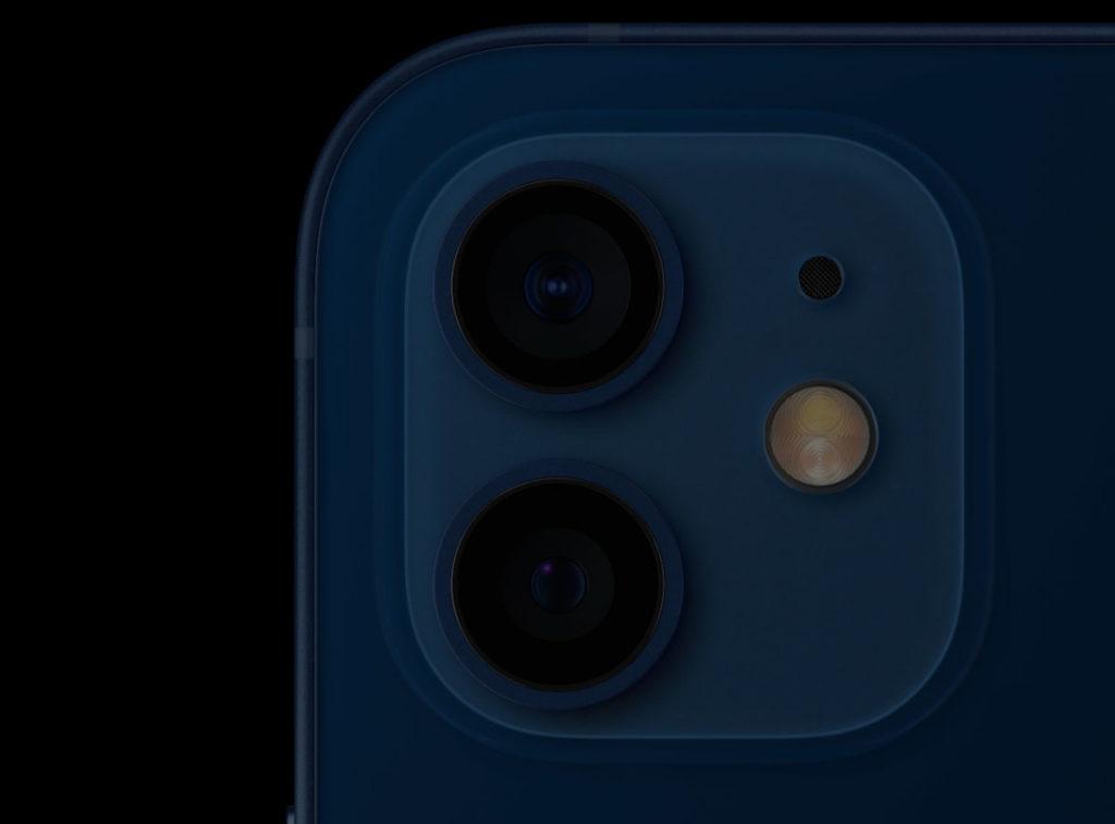 デュアルカメラを搭載