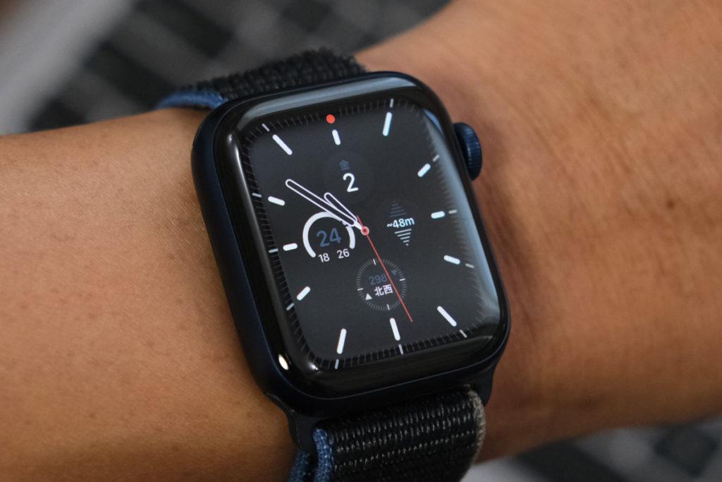 Apple Watch 6は文字盤に高度計を表示できる