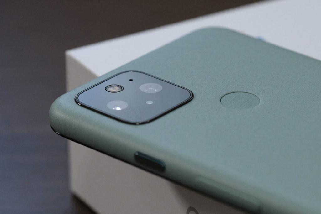 Pixel 5のデュアルカメラ
