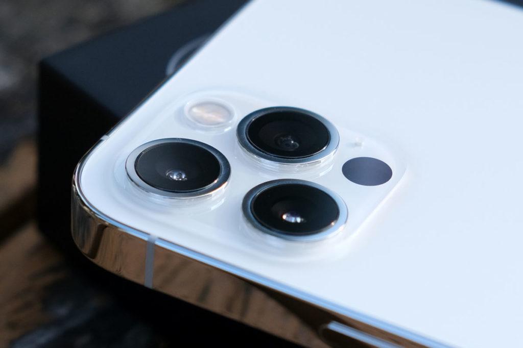 iPhone 12 Proのリアカメラ