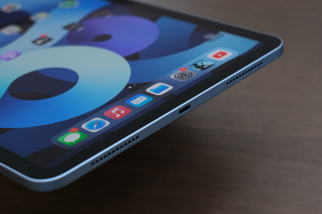 iPad Air(第4世代)筐体の下側