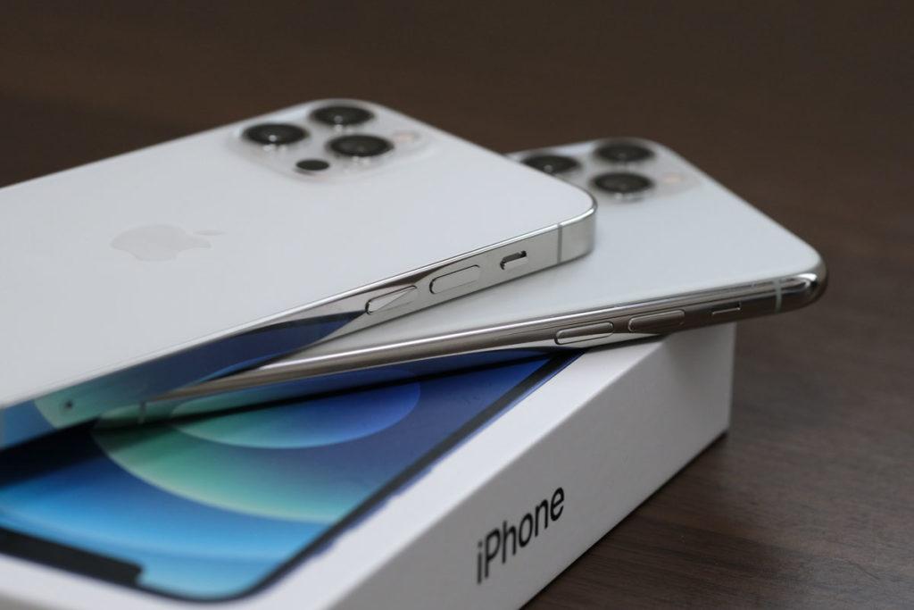 iPhone 12シリーズは角張ったスタイルに