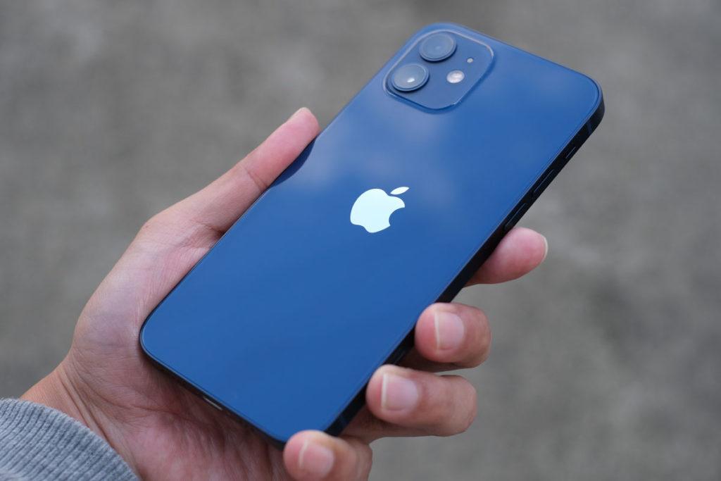 iPhone 12 背面パネル(外)