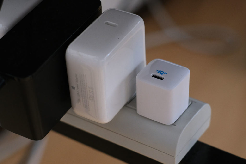 PowerPort III Nano 20Wを電源タップで使う