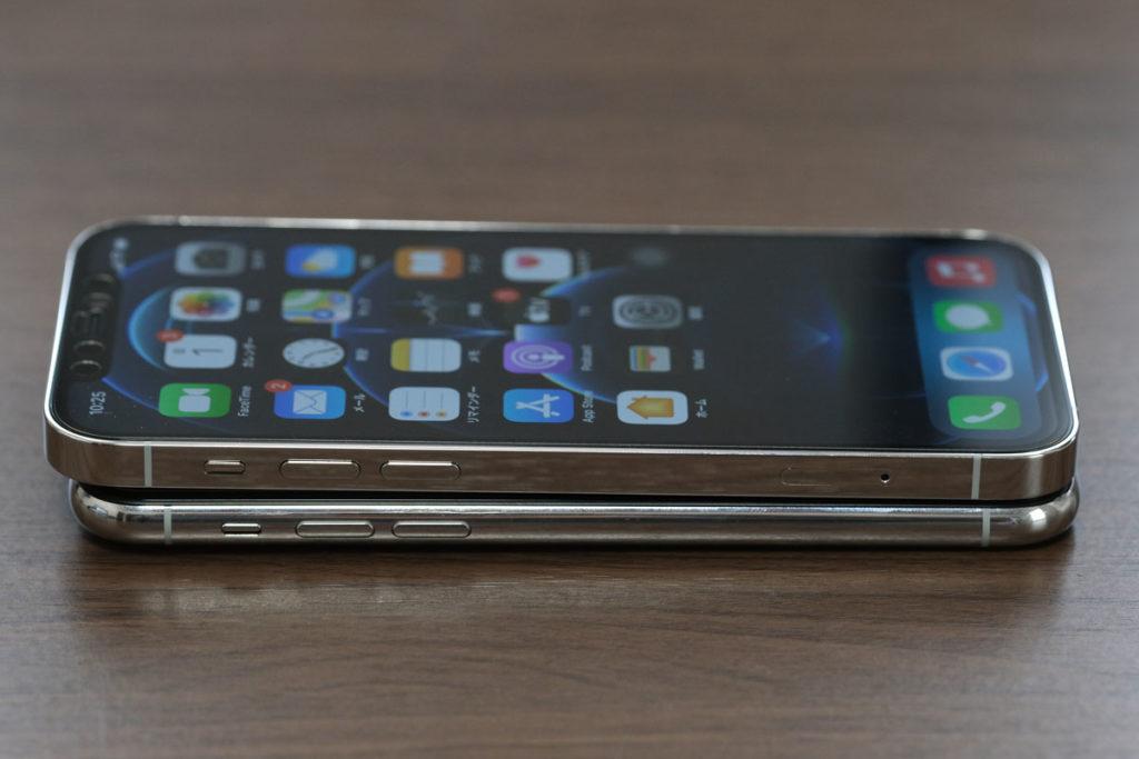 iPhone 12 Proと11 Proの本体の長さ