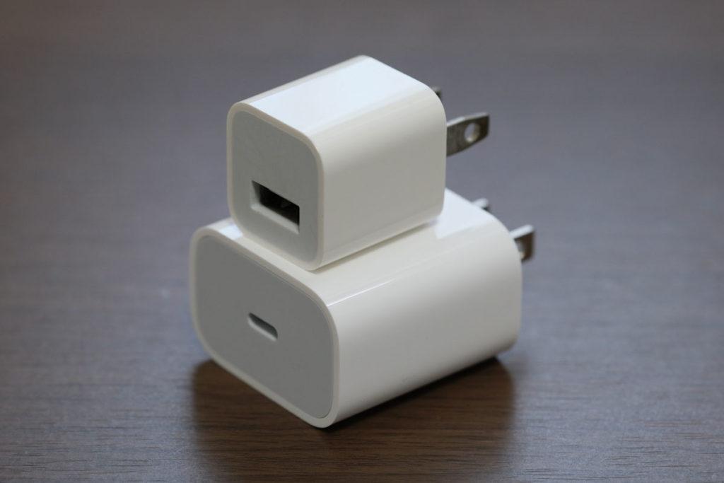 Appleの5Wと18Wの電源アダプタ