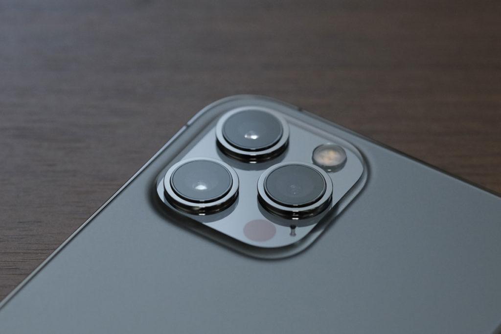 iPhone 12 Pro Maxのリアカメラ