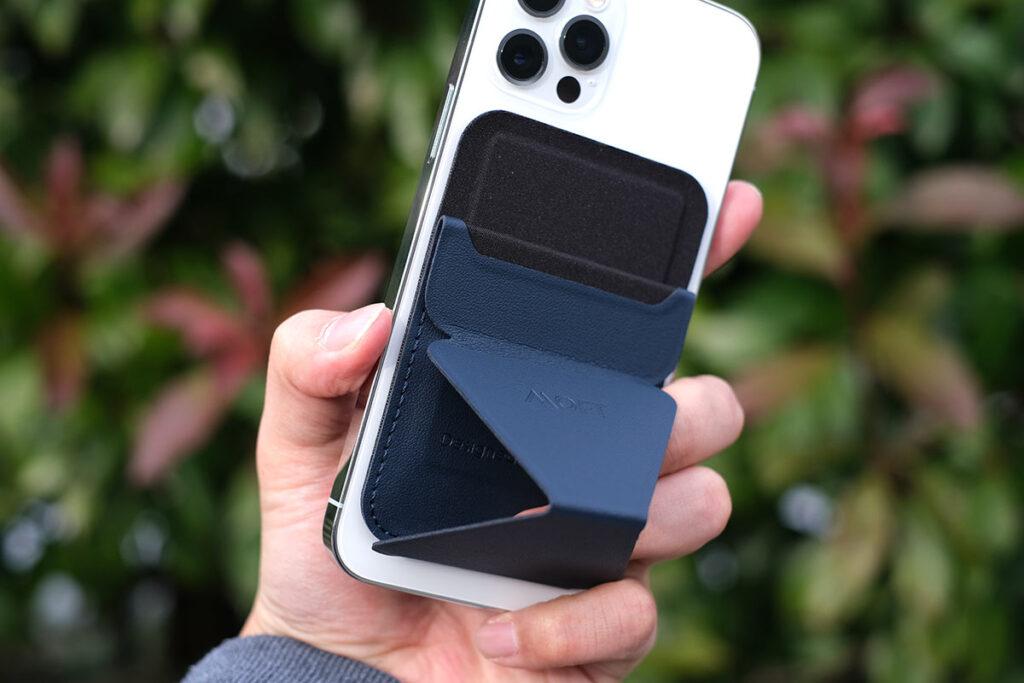 MOFTスタンドウォレットとiPhone 12 Pro