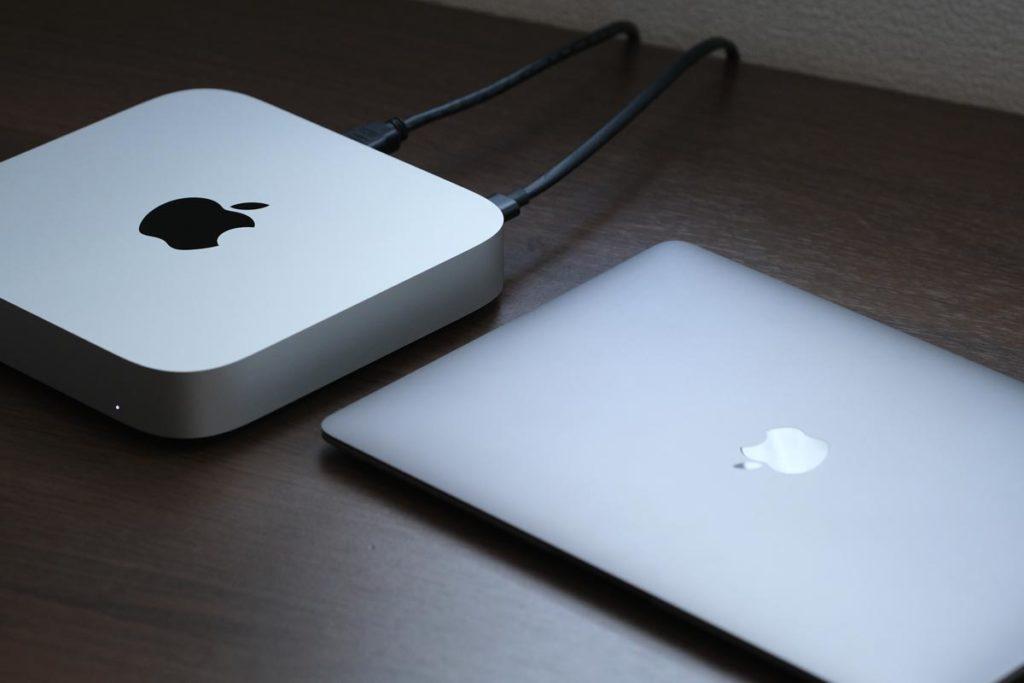 Mac miniとMacBook Air