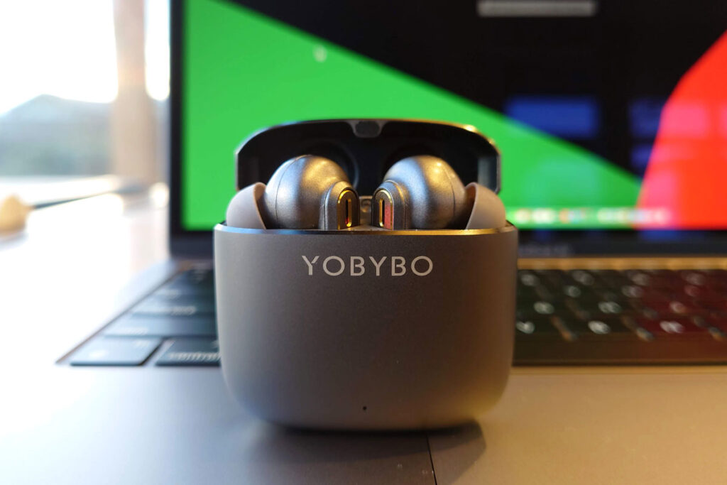 YOBYBO ZIP20 ワイヤレスイヤホンの外観
