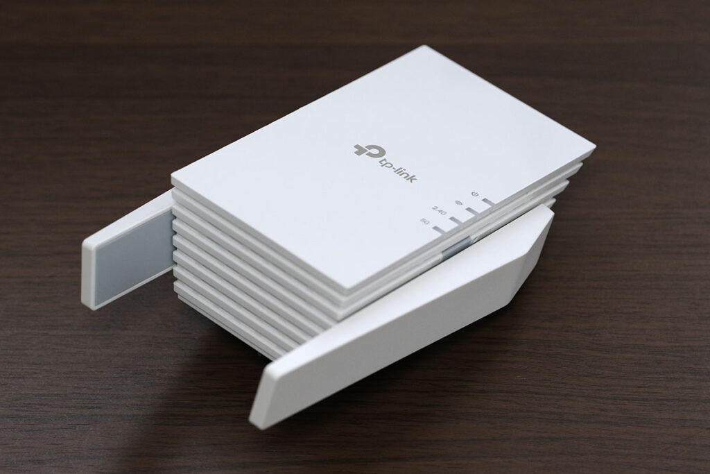 TP-Link RE605X 本体デザイン