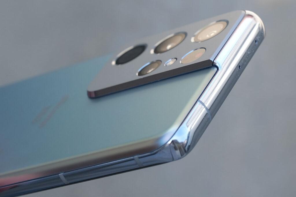 Galaxy S21 Ultra サイドフレームとカメラ