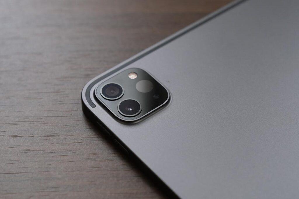 iPad Pro 12.9インチ(第5世代)リアカメラ
