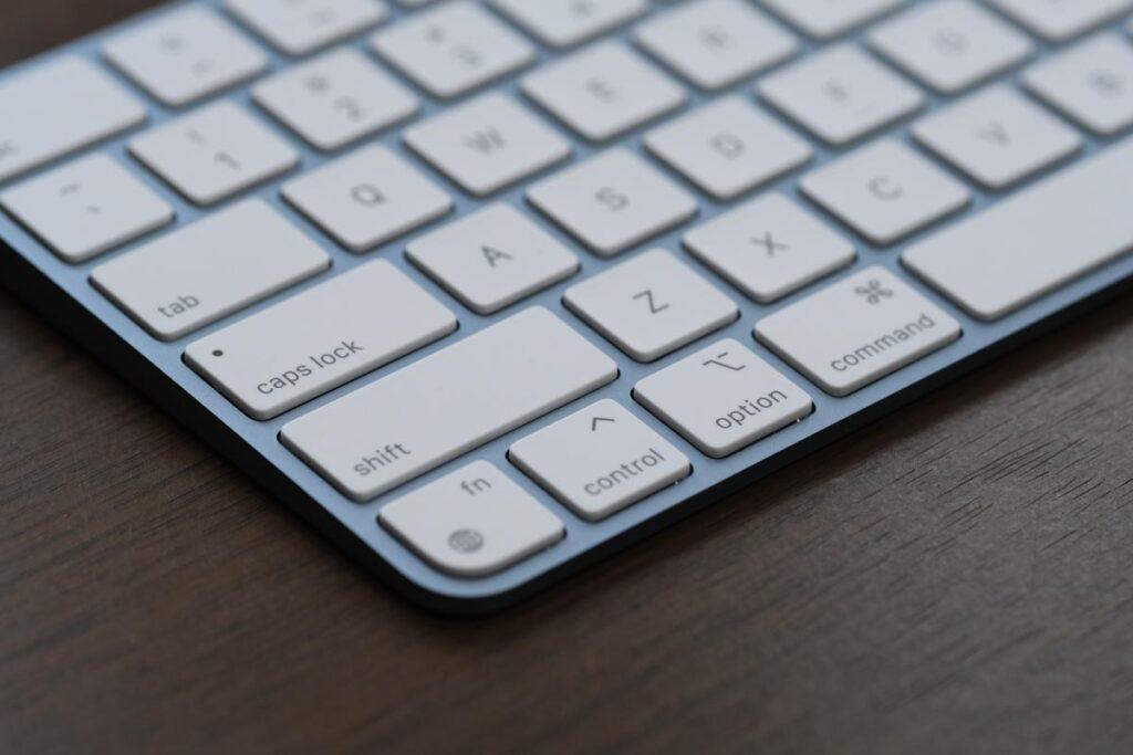 シザー構造のキーボード
