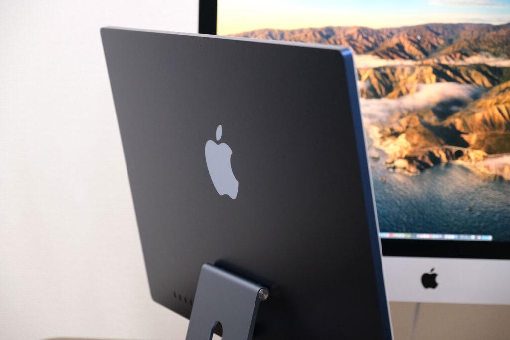 iMac 24インチの背面パネル