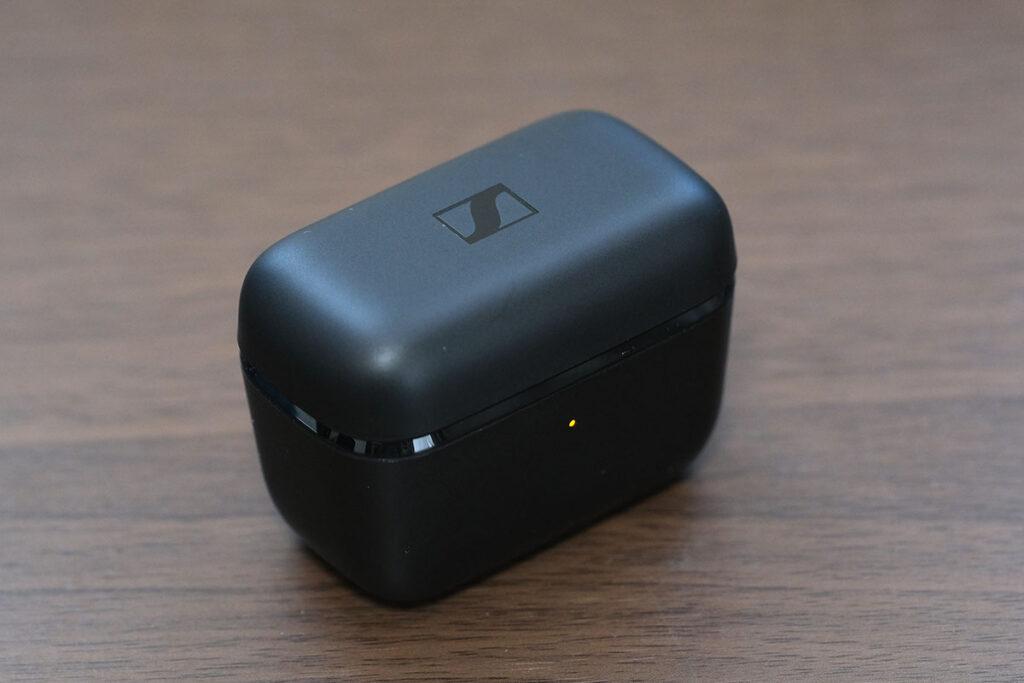 CX True Wireless 充電ケース