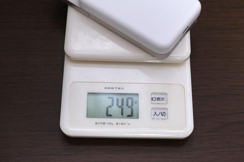 iPhone 12 mini + MagSafeバッテリーパックの重量