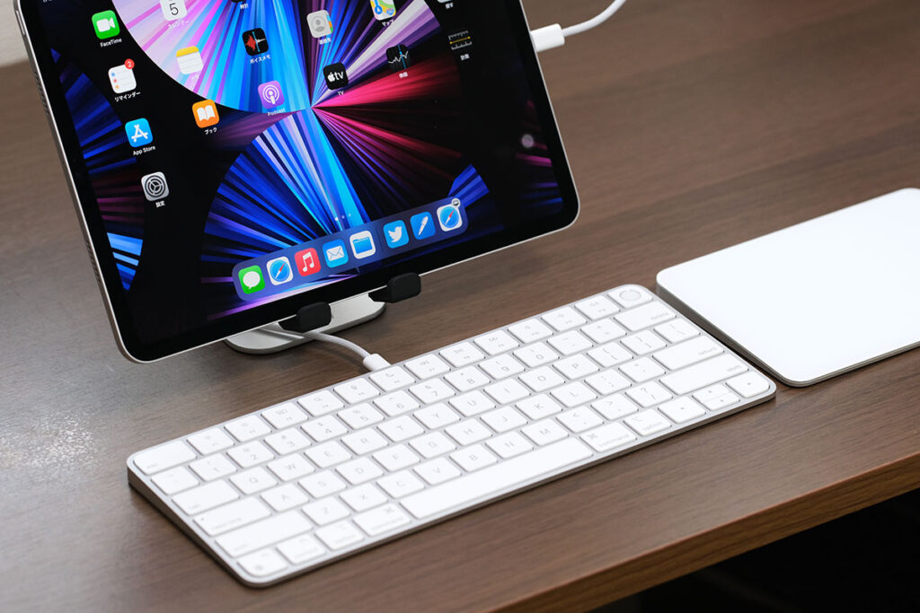iPad ProとMagic Keyboardを有線接続
