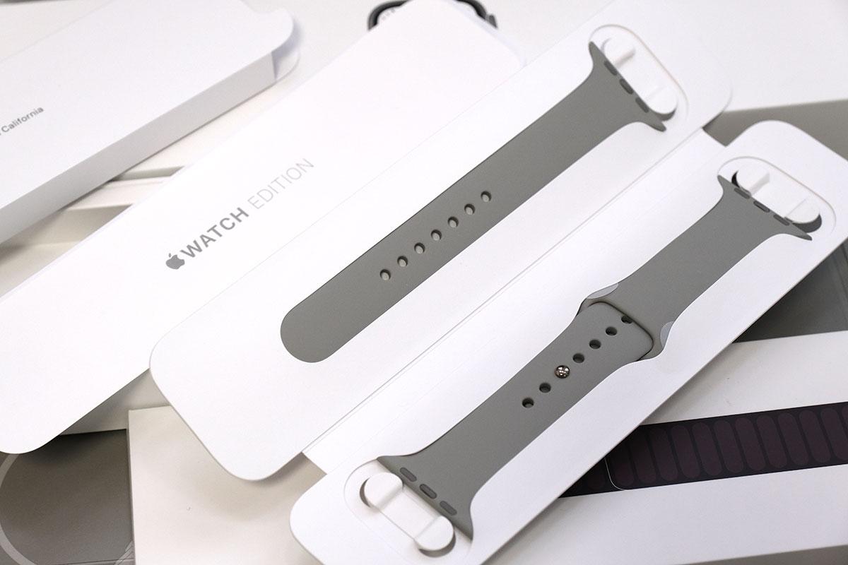 Apple Watch Edition スポーツバンドが付属