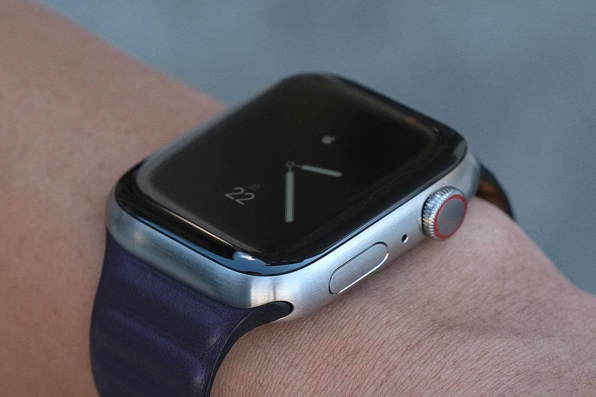 Apple Watch 7 Edition チタニウム