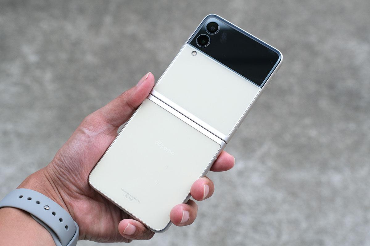 Galaxy Z Flip3 背面パネル(ストレート)
