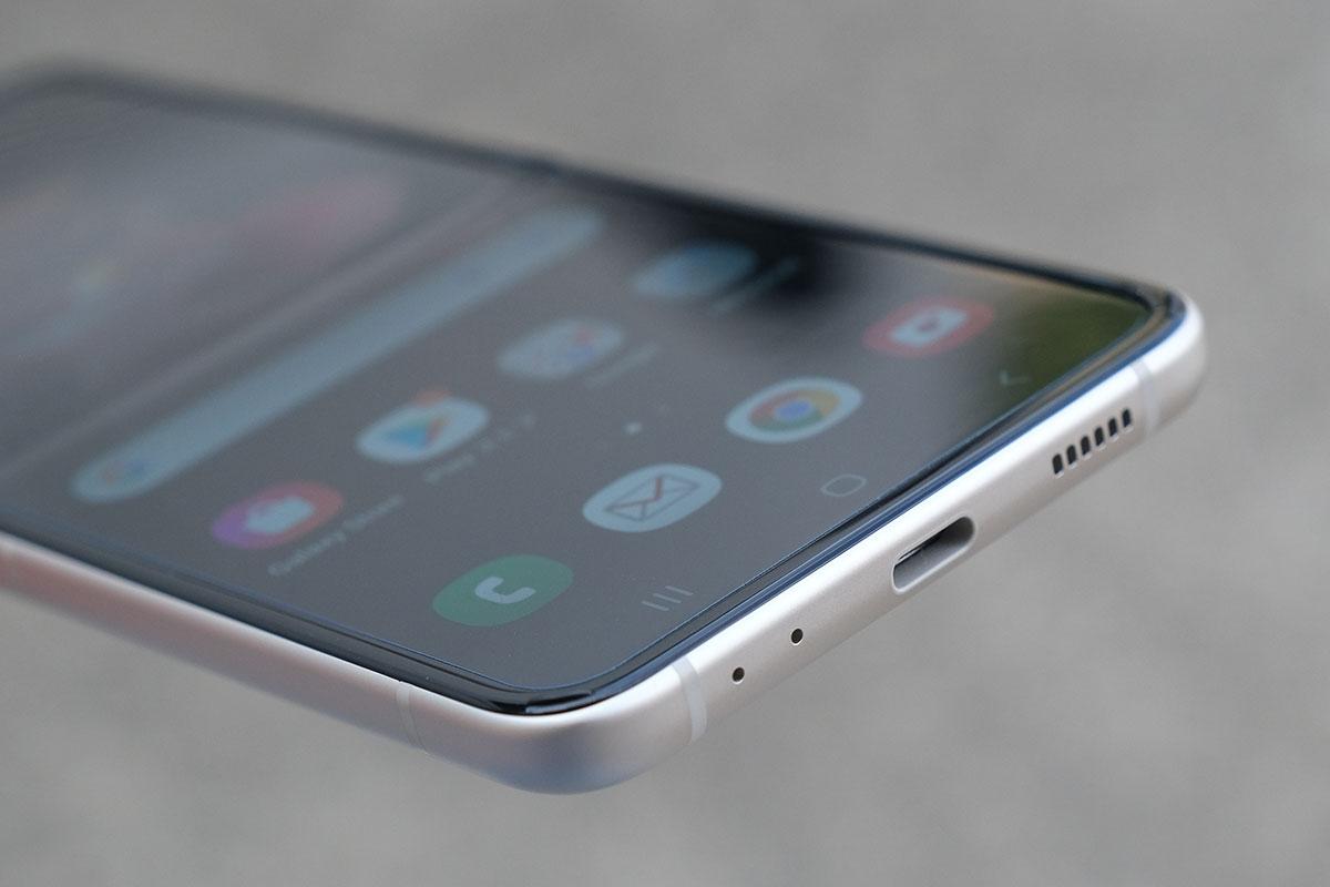 Galaxy Z Flip3 内蔵スピーカー